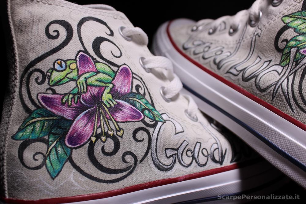 converse-personalizzate-good-luck-tattoo-rana-fiore-7