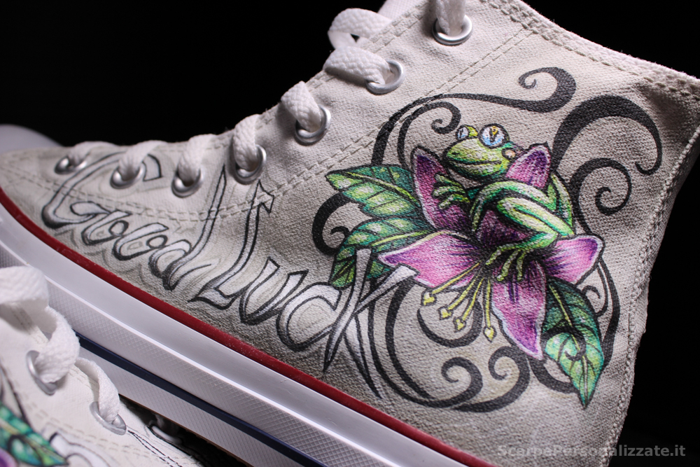 converse-personalizzate-good-luck-tattoo-rana-fiore-8