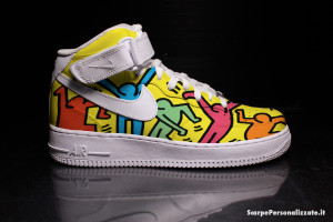 nike-air-force-one-personalizzate-keith-haring-omini-colorati-3