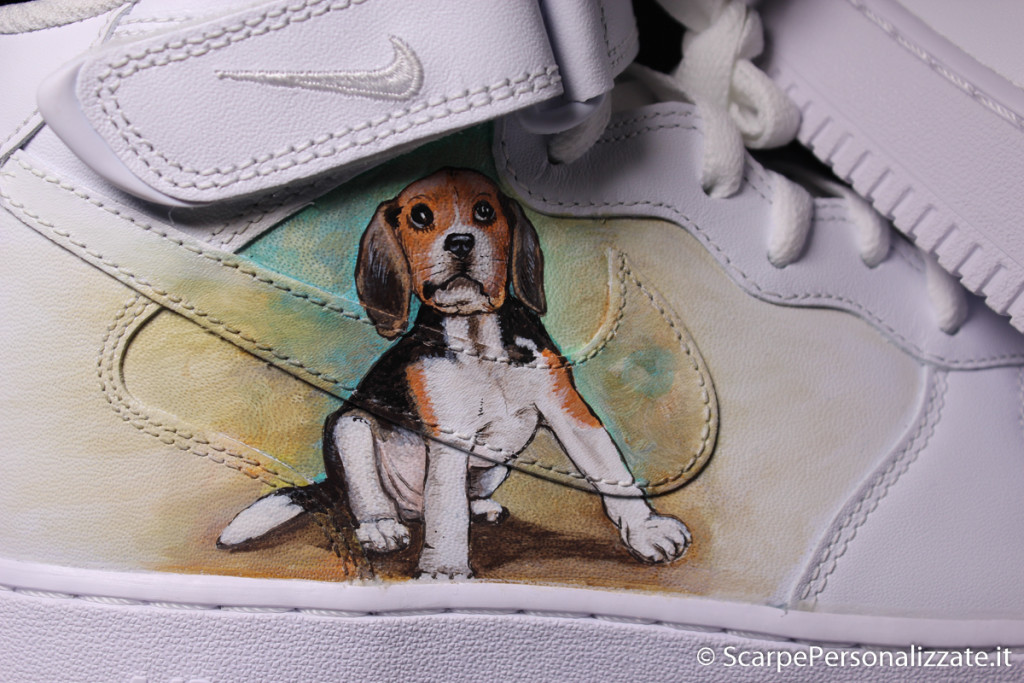 nike-air-force-ritratto-cane-beagle-3